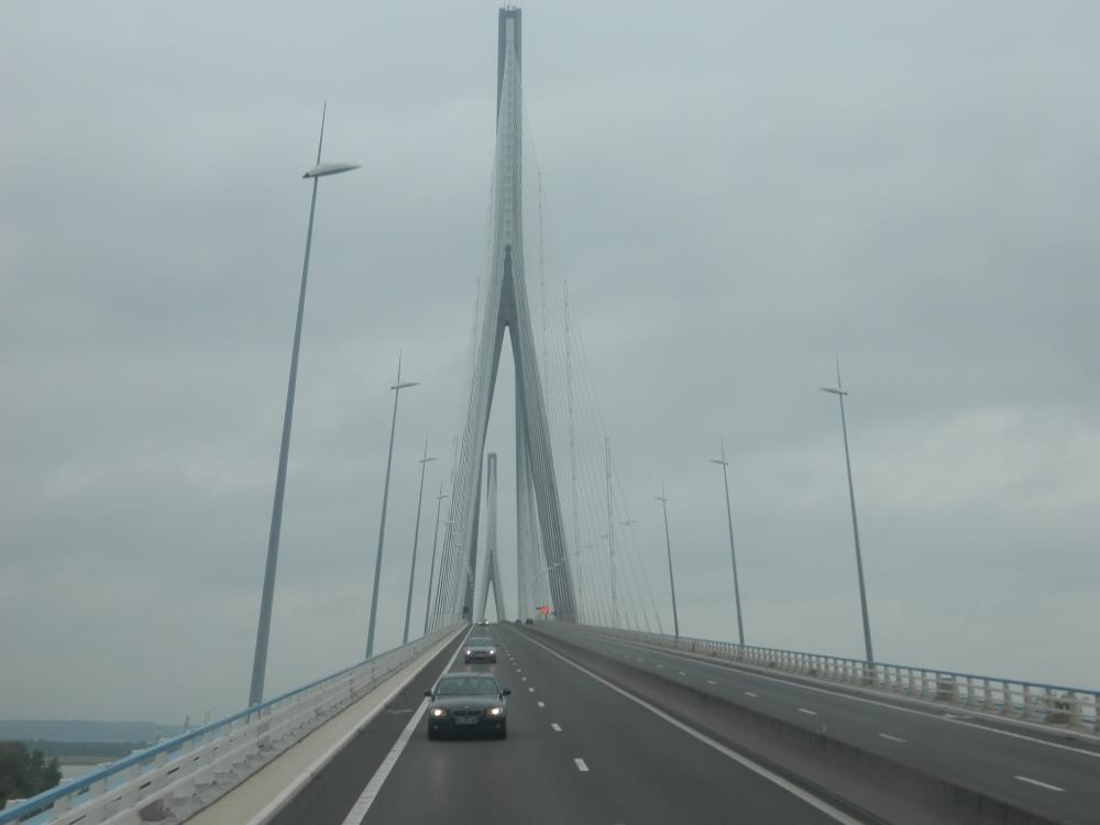 Die Autobahnbrücke, Pont de Normandie, bei Le Havre