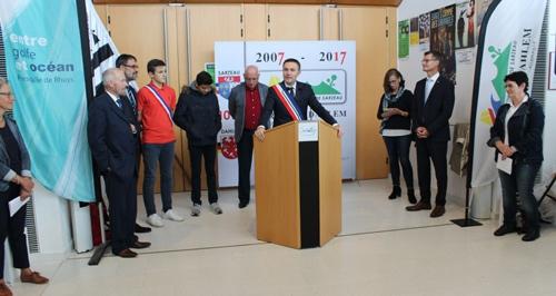 Bürgermeister David Lappartient aus Sarzeau begrüßte die Gäste aus Dahlem.
