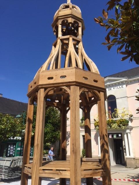 Zur Zeit, Oktober 2018, findet die Renovierung der Kirche in Sarzeau statt.